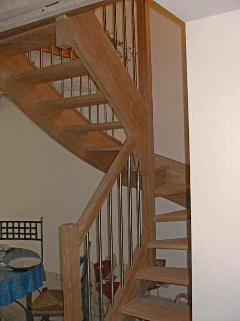 Escalier chêne rampe tube inox